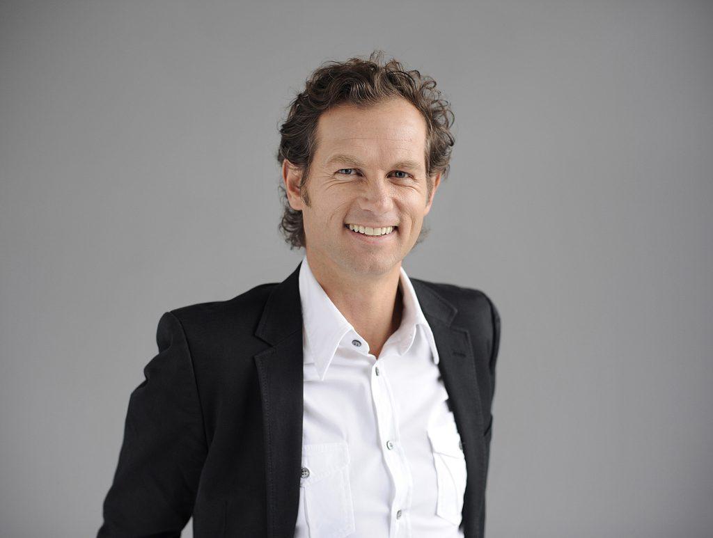 Conférence d'Edgar Grospiron par Unome le Swiss Speakers Bureau