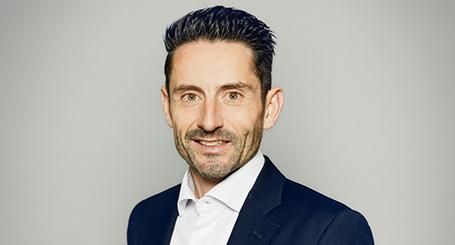 Conférence de Daniel Atienza sur le service client, la vente et la motivation par UnoMe le swiss speakers bureau